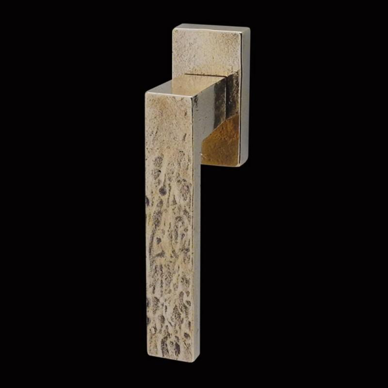 Fenstergriffe Bronzeguss (67.603.89.)